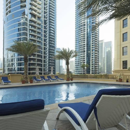 حمام سباحة Hotel Suha Apartments